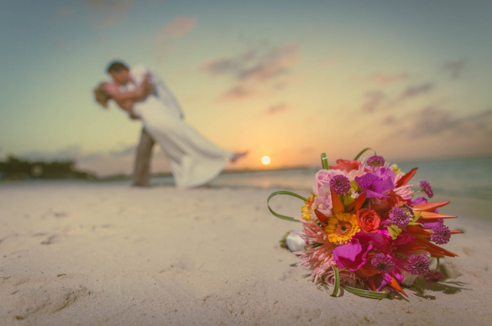 Book Your Wedding Photographer And Win A Free Trash The Dress Photoshoot Aruba